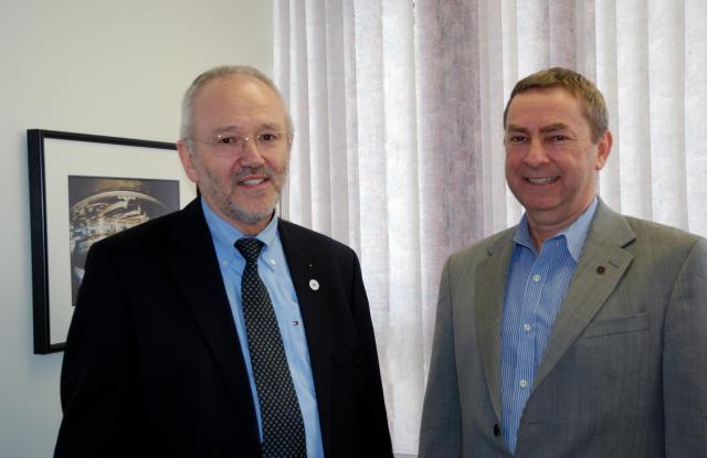 Josef Hormes, Director of CLS and Nigel Lockyer, Director of TRIUMF